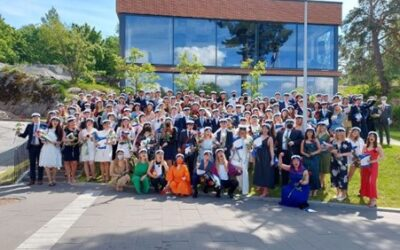 Onnea uusille YT-linjan ylioppilaille!